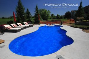 Wellspring pool, Maya colored liner